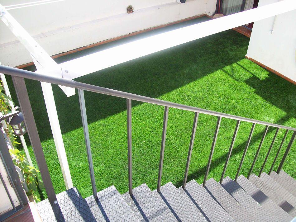 cesped artificial terrazas despues - Césped artificial en terraza. Como elegirlo