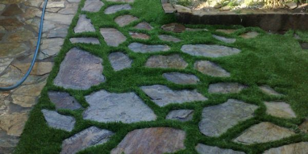 cesped artificial jardines 2 600x300 - Donde comprar césped artificial